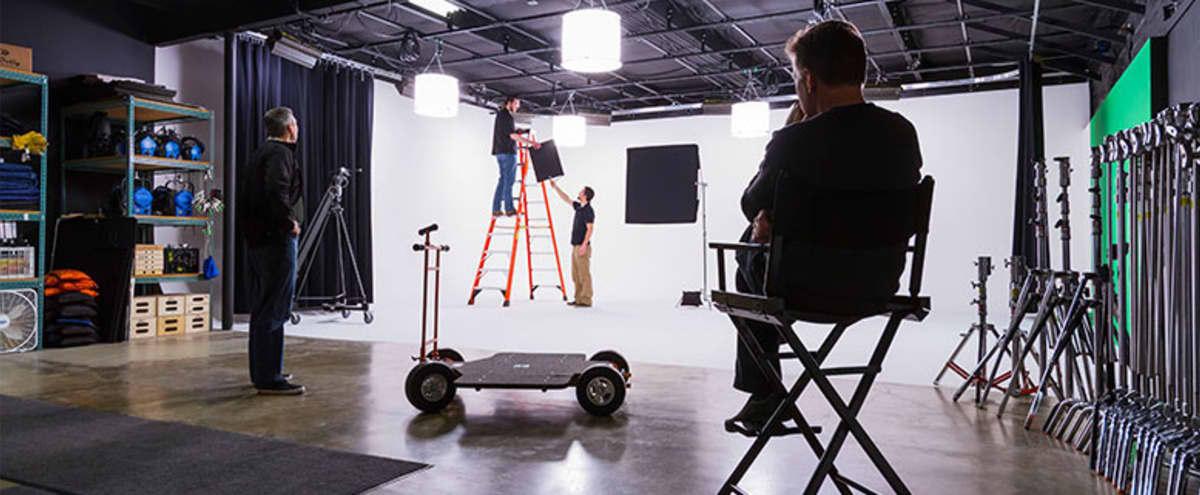 VMG / Studio520 - Photography & Video Production Studio with 2 wall cyclorama in Bellevue Hero Image in Wilburton, Bellevue, WA