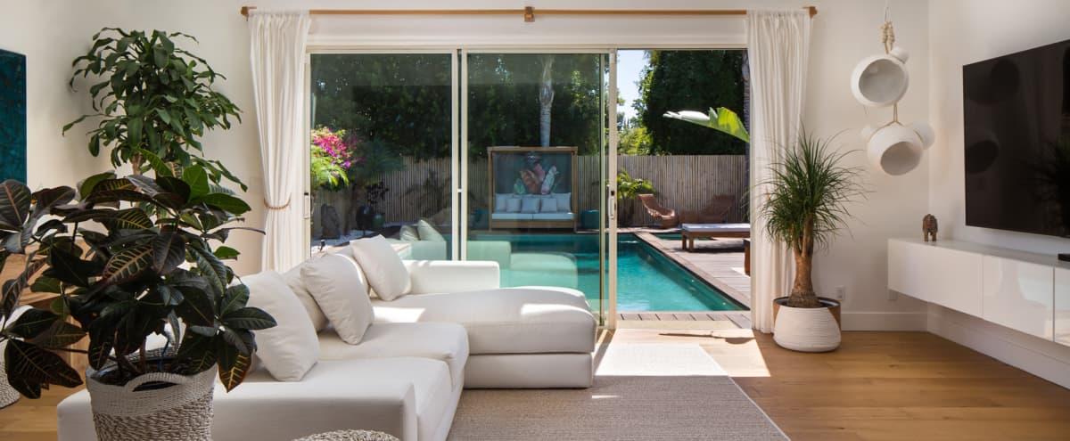 Tropical Balinese Home in Los Angeles in Encino Hero Image in Encino, Encino, CA