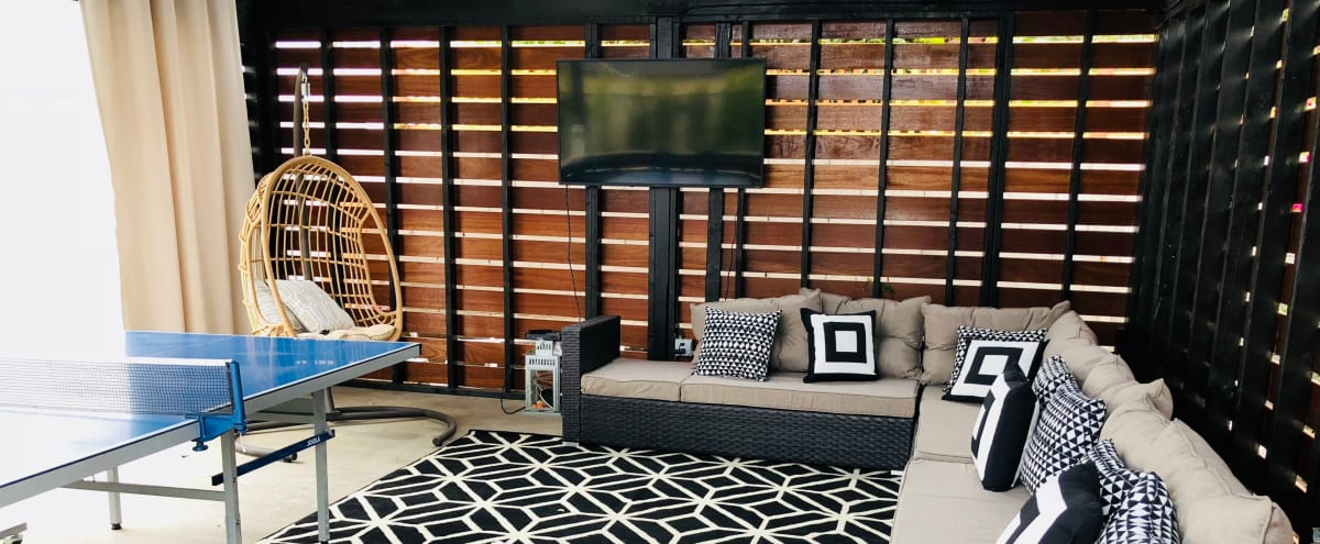 Modern Stylish Home with Outdoor Lounge / Hangout area Perfect for Parties / Shoots in Pasadena Hero Image in undefined, Pasadena, CA