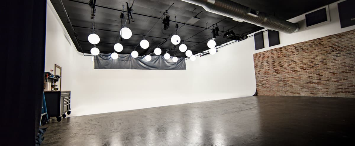 Beautiful Production Studio in Tomball Hero Image in undefined, Tomball, TX