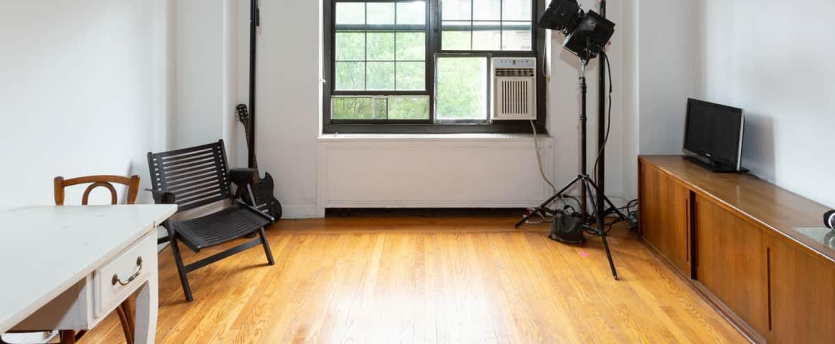 Chelsea Large prewar one bedroom in doorman building in new york Hero Image in Midtown, new york, NY