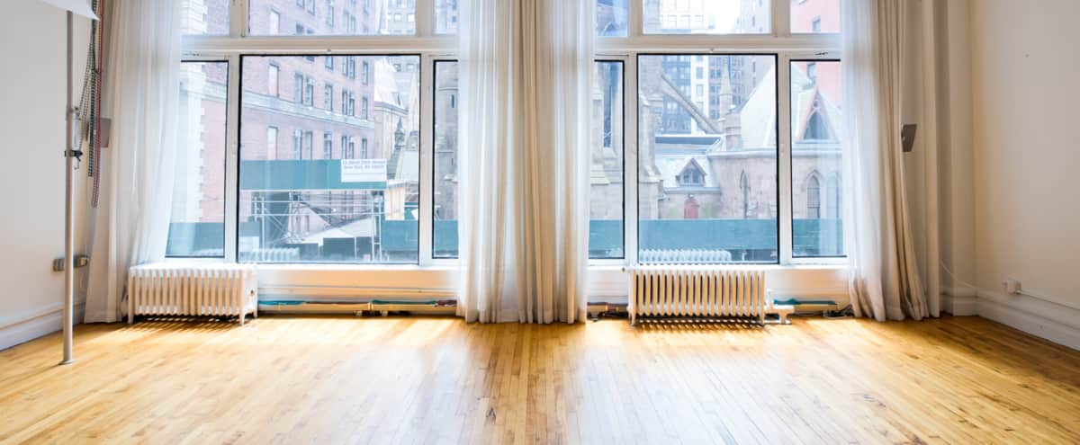 Flatiron Daylight Studio for Rent - Perfect Beauty, Portrait and Still Life Setup in new york Hero Image in Midtown, new york, NY
