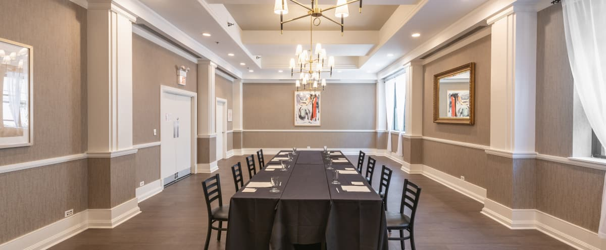 Well Appointed Meeting Room in the Gold Coast in Chicago Hero Image in Gold Coast, Chicago, IL