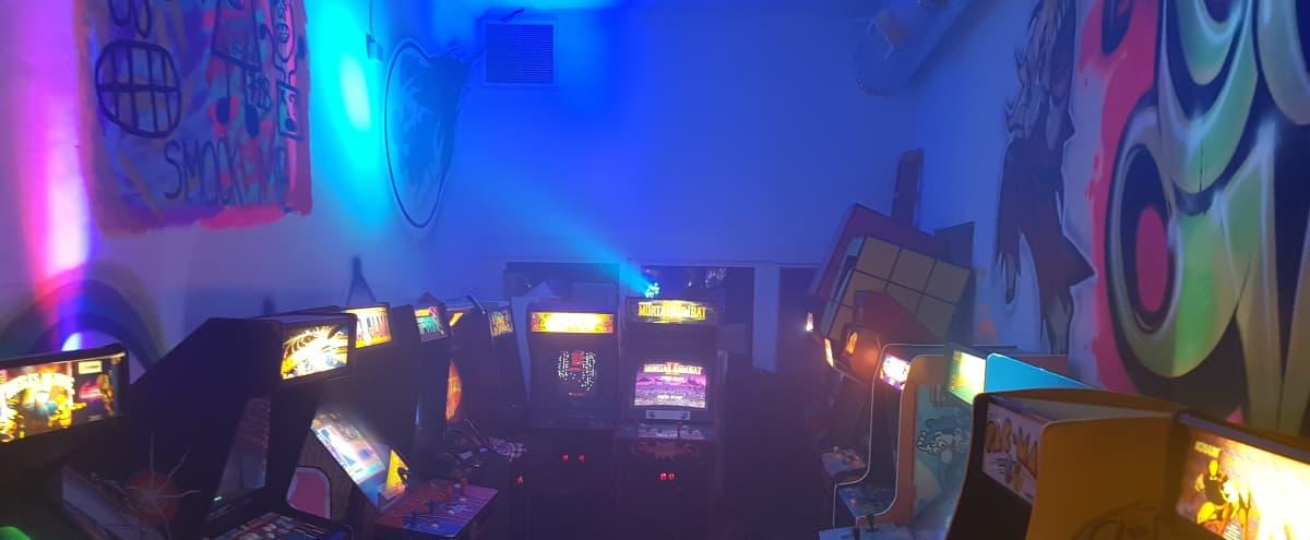 Melrose Hidden Arcade in Los Angeles Hero Image in Central LA, Los Angeles, CA