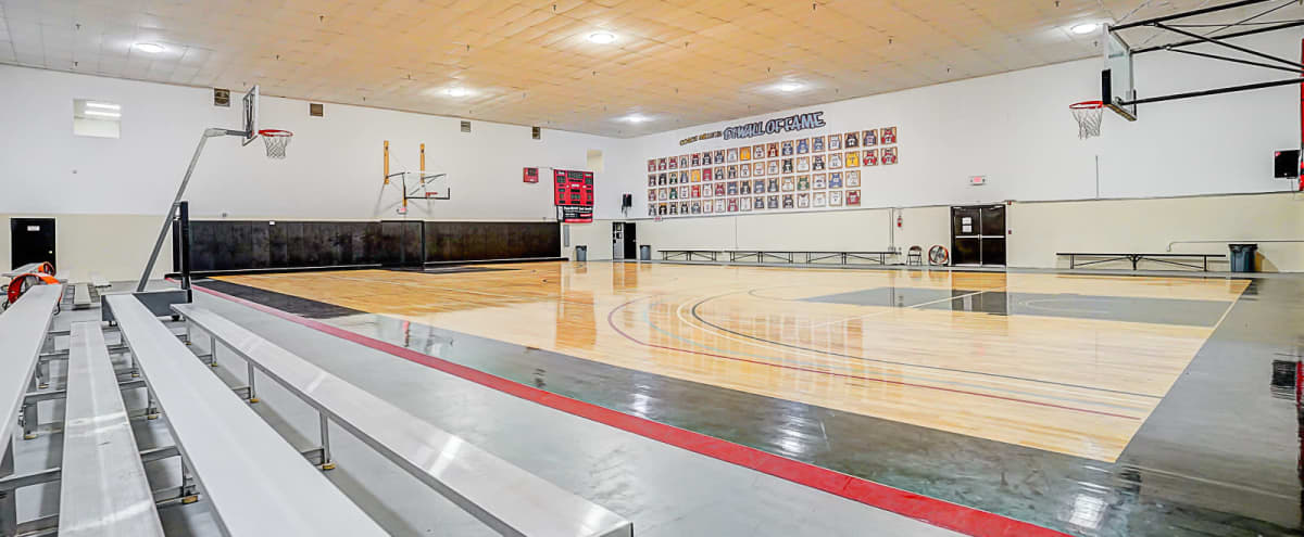 Amazing Private Basketball Gym with Great lighting perfect for filming in Compton Hero Image in undefined, Compton, CA