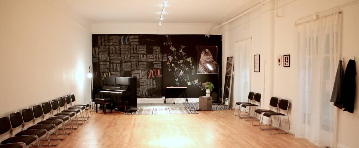 Spacious and Versatile Loop Studio in Chicago Hero Image in Chicago Loop, Chicago, IL