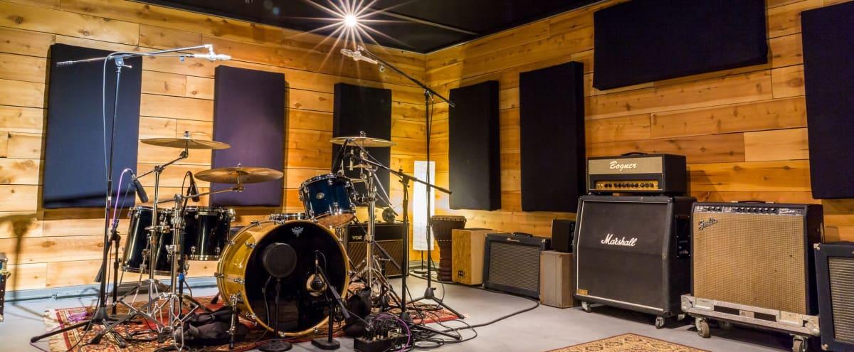 Recording studio with live room overlooking the San Fernando valley in Woodland Hills Hero Image in Woodland Hills, Woodland Hills, CA