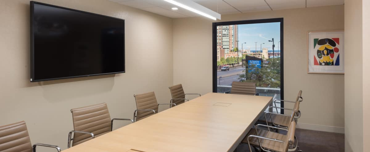 Private Meeting Room for 10 with a View in Chicago Hero Image in The Loop, Chicago, IL