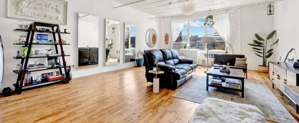Prime Williamsburg Loft and Rooftop with Incredible City Views in Brooklyn Hero Image in Williamsburg, Brooklyn, NY