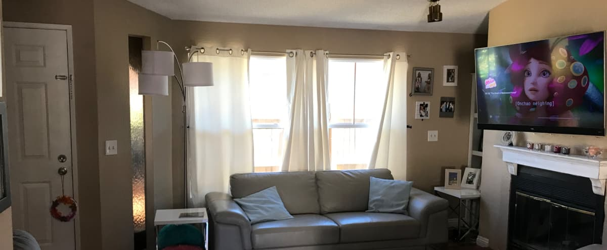 Open flow house in a family neighborhood in CASTAIC Hero Image in undefined, CASTAIC, CA