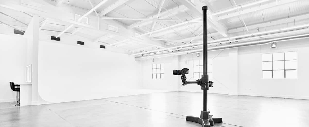 3400 ft² Photo Studio with 35' Cyc Cove in South San Francisco Hero Image in Lindenville, South San Francisco, CA