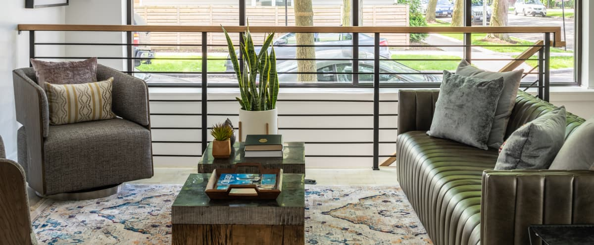 Renovated Modern Single Family Home in Logan Square! in Chicago Hero Image in Logan Square, Chicago, IL