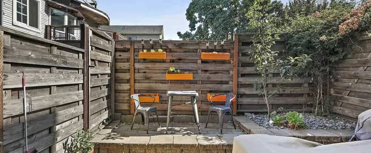 Modern Tri-Level townhouse w/ cozy private patio in Oakland Hero Image in West Oakland, Oakland, CA