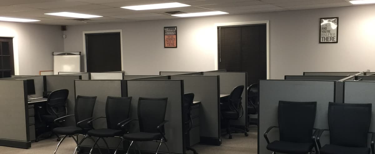 Fully Equipped Call Center Training Room in Columbia Hero Image in Oakland Mills, Columbia, MD