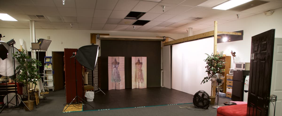 Photography Studio near Saint Louis airport in Saint Louis Hero Image in undefined, Saint Louis, MO