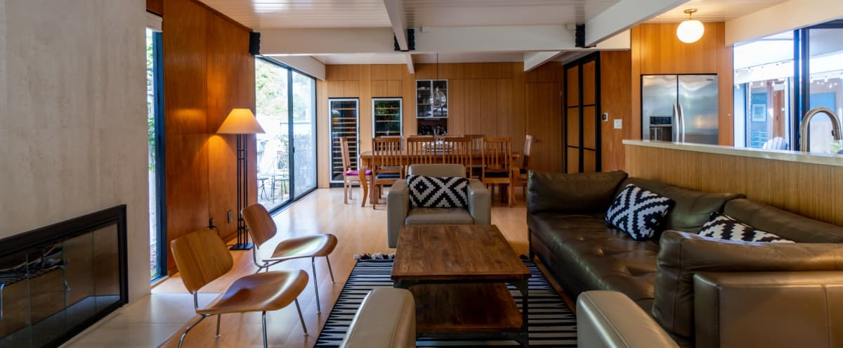 Mid-Century Modern Setting in the Heart of Silicon Valley in Sunnyvale Hero Image in Sunnyvale West, Sunnyvale, CA
