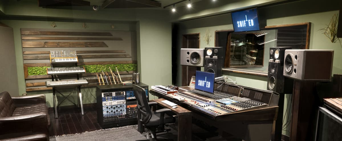Greenpoint Recording Studio with Beautiful Interior Design in Brooklyn Hero Image in Greenpoint, Brooklyn, NY