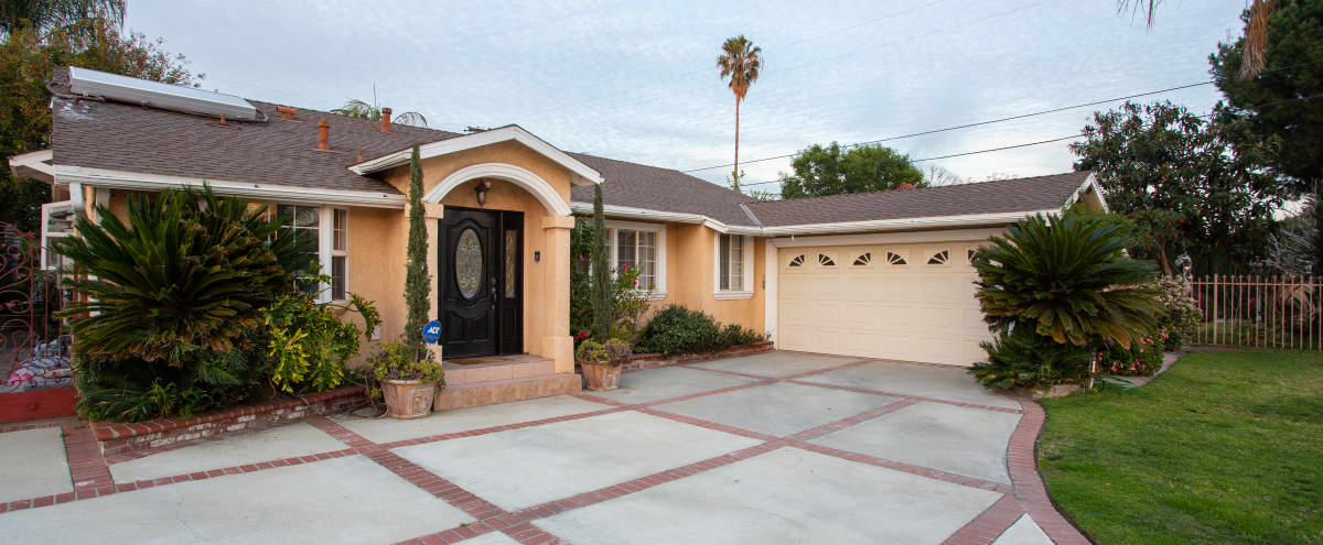 Suburban Home with Beautiful Back Yard in North Hollywood Hero Image in North Hollywood, North Hollywood, CA