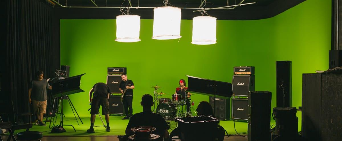 4,000 sqft Video Studio with Green and White Cyc Screens in Phoenix Hero Image in Camelback East Village, Phoenix, AZ
