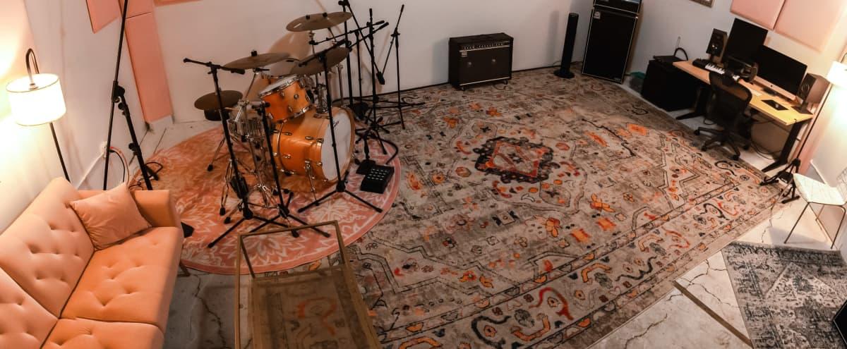 Vibey Chinatown Recording Studio in Los Angeles Hero Image in Central LA, Los Angeles, CA