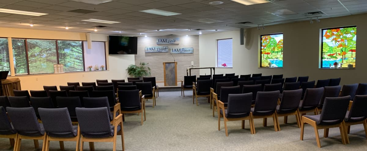 Easy Access Space For Meetings & Presentations in Savage Hero Image in undefined, Savage, MN