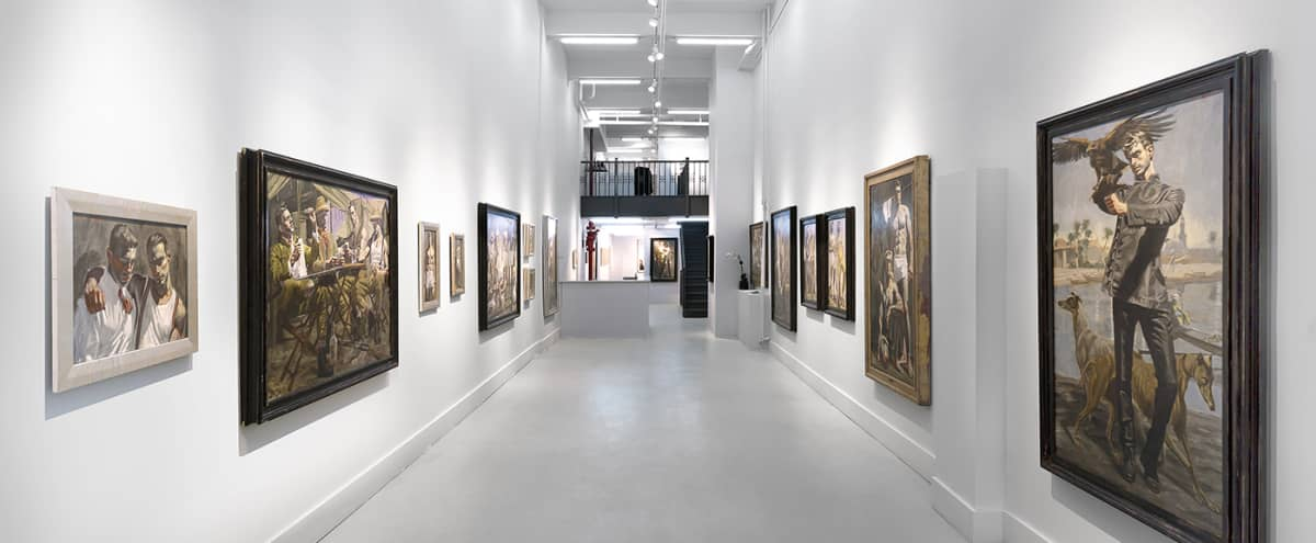 Airy storefront gallery in Chelsea in New York Hero Image in Midtown, New York, NY