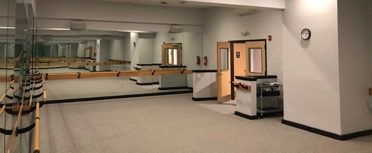 Downtown Mirror Lined Fitness Studio in Baltimore Hero Image in Fells Point, Baltimore, MD