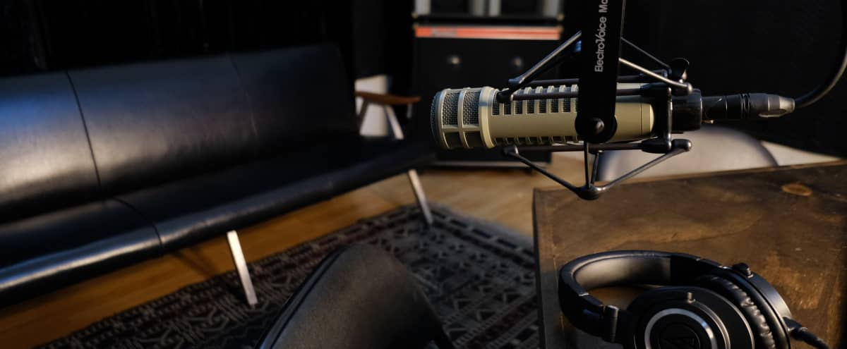 Hollywood Podcast Studio with Great Vibes in Los Angeles Hero Image in Melrose, Los Angeles, CA