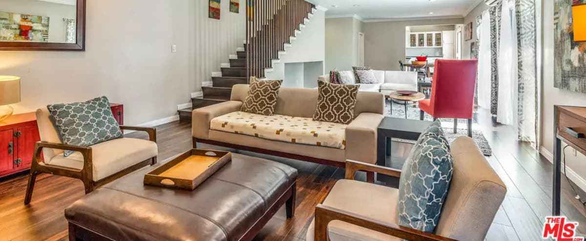 Stylish Hollywood Hills Pad with Million Dollar Views in studio city Hero Image in Studio City, studio city, CA