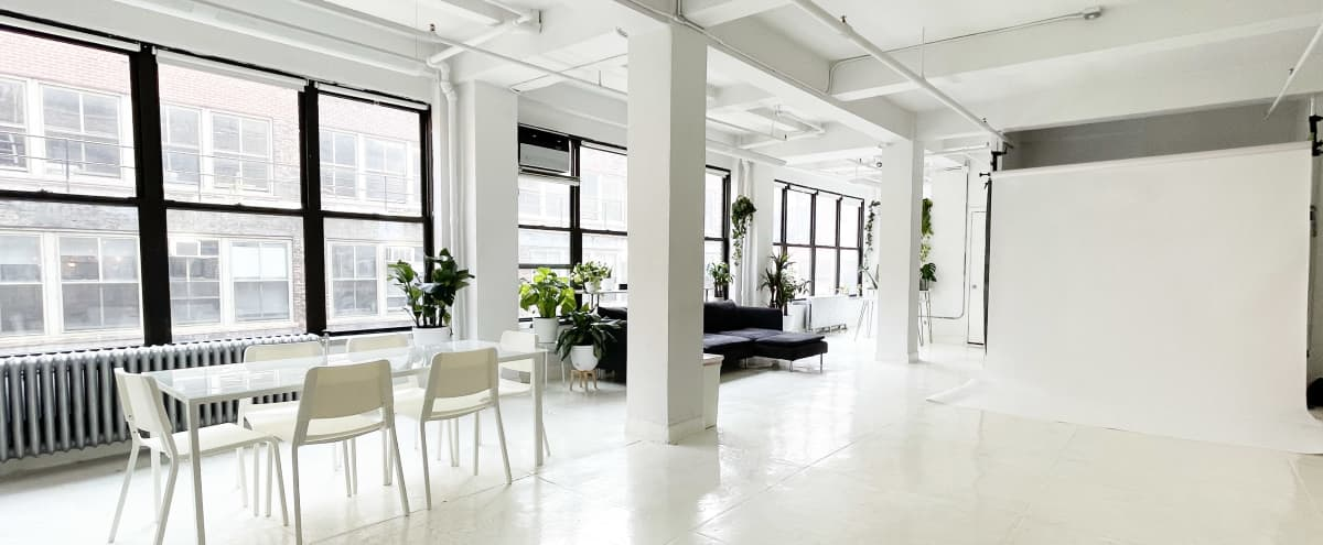 Spacious Chelsea Daylight Photo Studio with French Molding in New York Hero Image in Midtown Manhattan, New York, NY