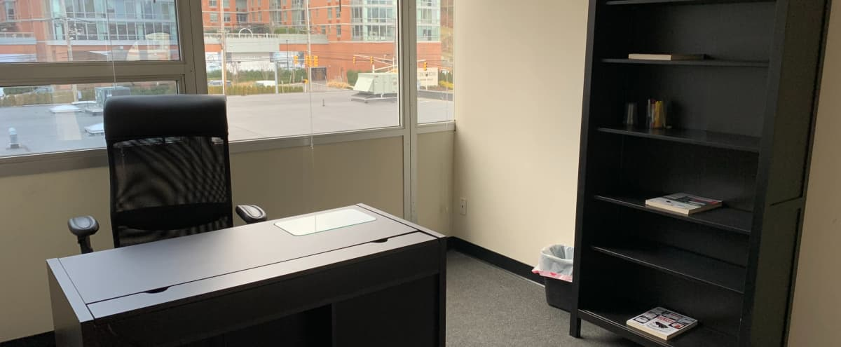 Meeting Room or Office in NJ with NYC view in north bergen Hero Image in undefined, north bergen, NJ