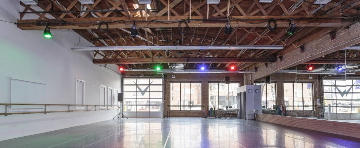 Updated Industrial Studio with Natural Light in Chicago Hero Image in Albany Park, Chicago, IL