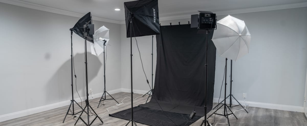 Hollywood Apartment Photo Studio in Los Angeles Hero Image in Hollywood, Los Angeles, CA