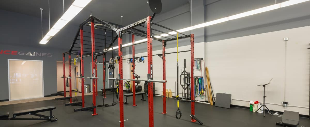 Spacious Fitness Facility in Beautiful Bay Area in Palo Alto Hero Image in Evergreen Park, Palo Alto, CA