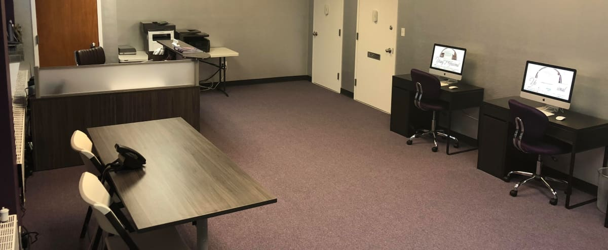 Queens Modern Office Space Suitable For Events & Workshops in Hollis Hero Image in Holliswood, Hollis, NY