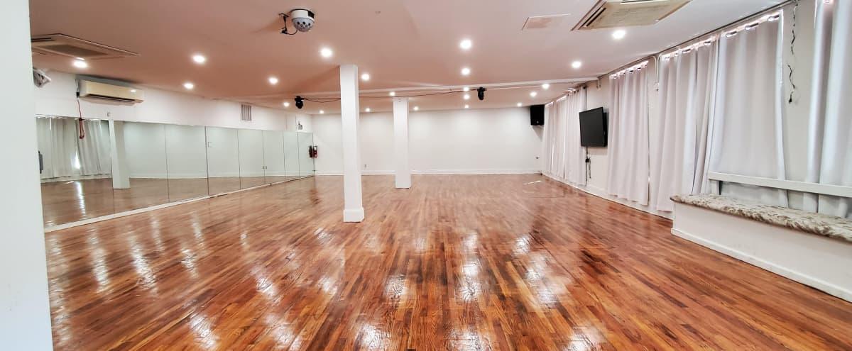 Open White Studio Space w/ Hardwood Floors in Brooklyn Hero Image in Flatbush, Brooklyn, NY
