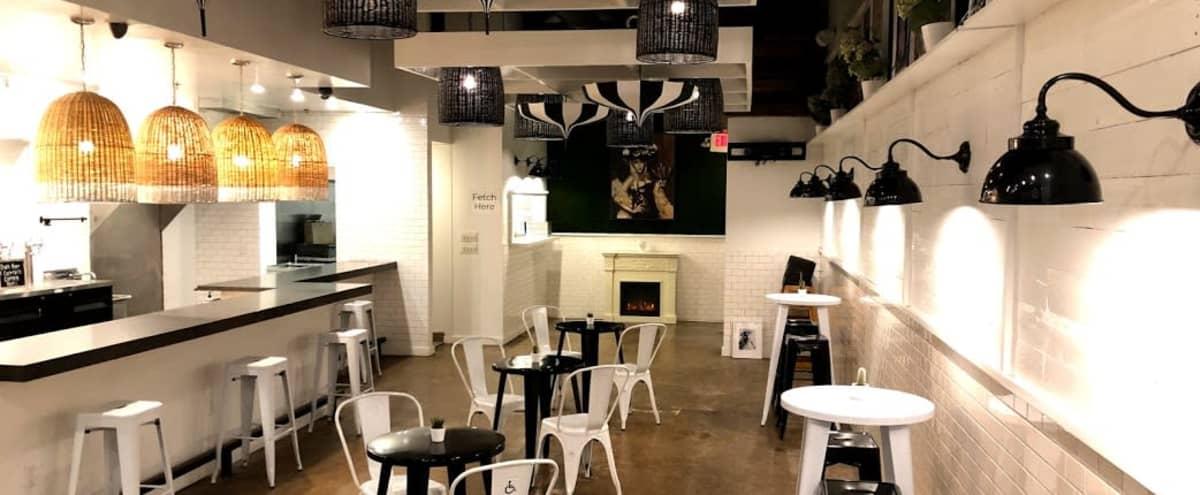 Chic Black & White Modern Dallas Restaurant & Bar in Dallas Hero Image in Park Cities, Dallas, TX