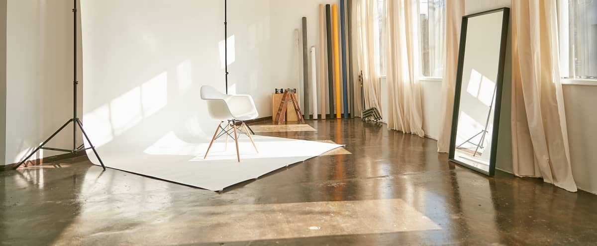 Intimate, Modern Studio Space for Photography & Video in Dallas Hero Image in South Dallas, Dallas, TX