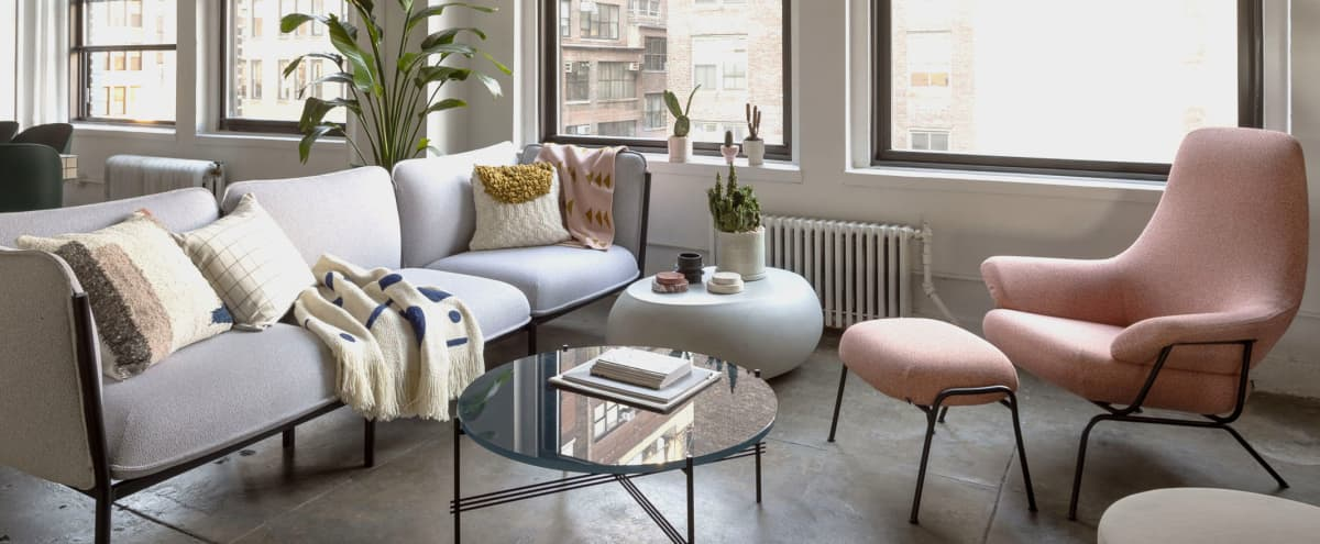 Unique 2,200 sq ft loft with Private Elevator & 20 Windows in New york Hero Image in Midtown, New york, NY