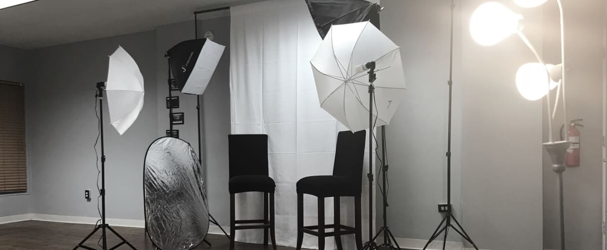 410 square foot studio with film/photography equipment in Belleville Hero Image in undefined, Belleville, NJ