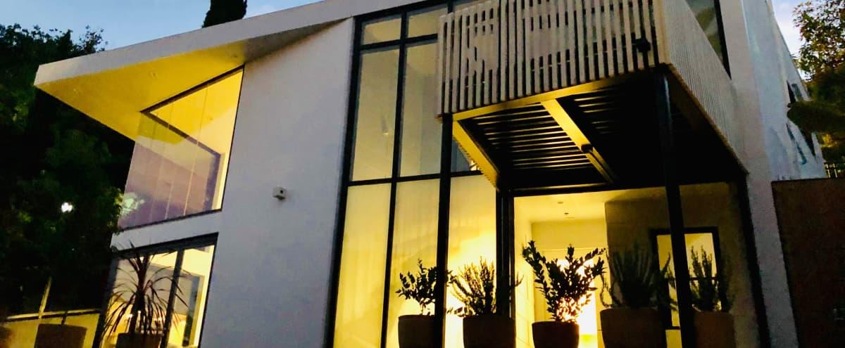 Echo Park Modern Villa in Los Angeles Hero Image in Echo Park, Los Angeles, CA