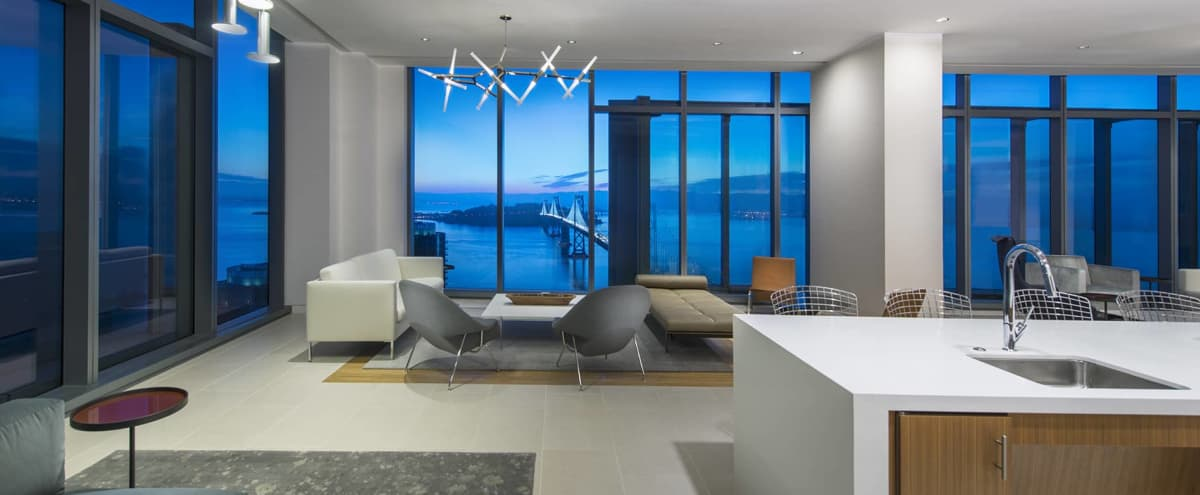 42nd Floor Sky View Lounge in San Francisco Hero Image in South Beach, San Francisco, CA