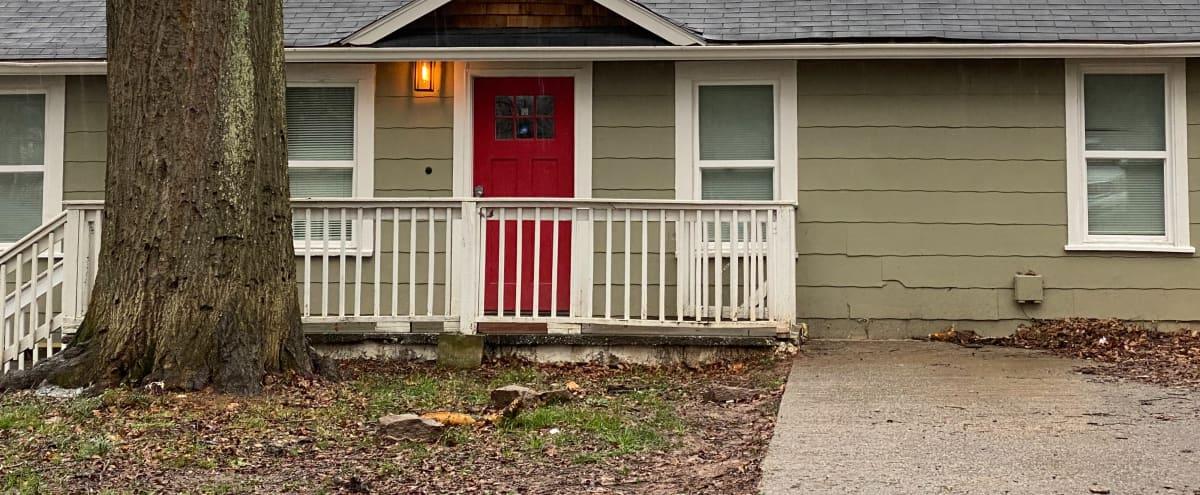 Beautiful Atlanta Weekend Stay in Atlanta Hero Image in Custer/McDonough/Guice, Atlanta, GA