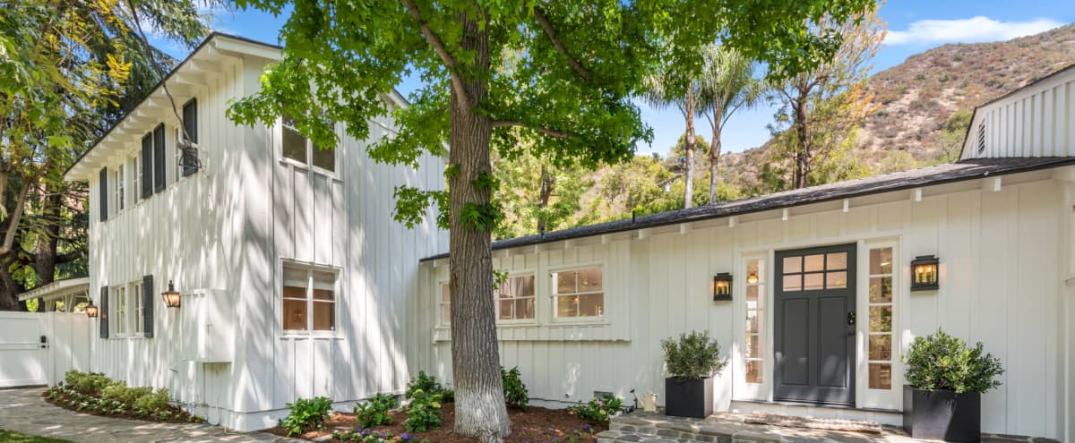 Newly Renovated Classic Farmhouse in Los Angeles Hero Image in Mandeville Canyon, Los Angeles, CA