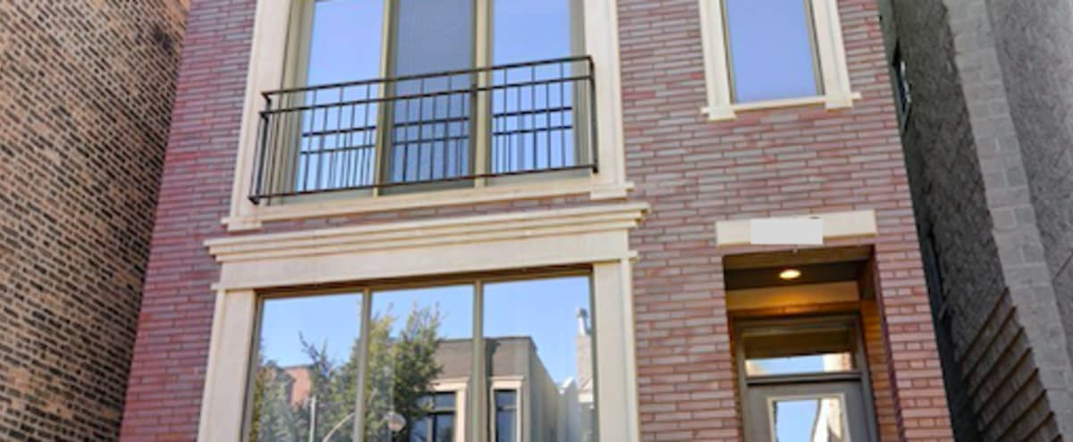 Wicker Park Designer Condo with Skyline View in Chicago Hero Image in West Town, Chicago, IL