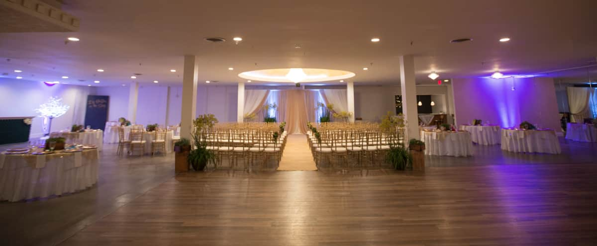 Spacious Venue Full of Amenities in Central San Diego in San Diego Hero Image in Mid-City, San Diego, CA