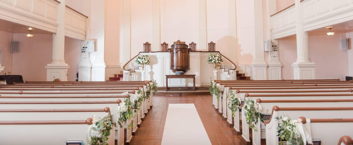 Intimate and Warm Church Sanctuary in Washington Hero Image in Columbia Heights, Washington, DC