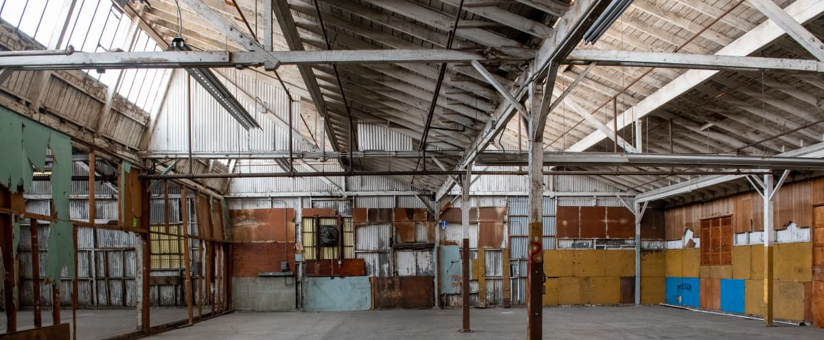 Raw Warehouse Space, High Ceilings - Concrete and Metal Frame Sawtooth in Los Angeles Hero Image in undefined, Los Angeles, CA