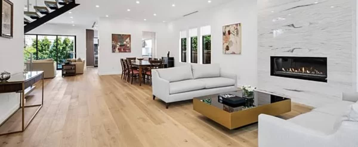 Modern Open Floor House in Studio City in Studio City Hero Image in Studio City, Studio City, CA
