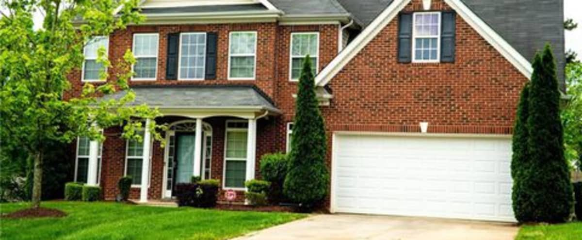 Modern Home available for Production Minutes from Uptown Charlotte in Charlotte Hero Image in Prosperity Church Road, Charlotte, NC